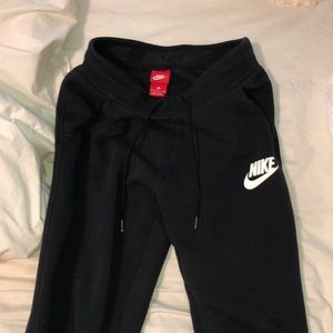 WORN ONCE Nike jogger sweats